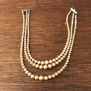 Jewelry - Vintage Pearl Three Strand Necklace